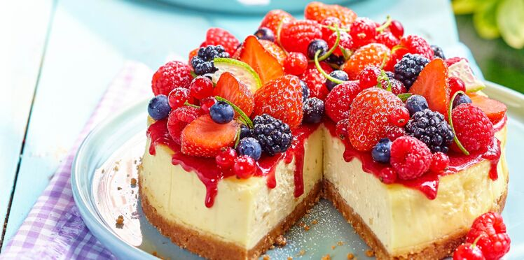 cheesecake aux fruits rouges d couvrez les recettes de cuisine de femme actuelle le mag. Black Bedroom Furniture Sets. Home Design Ideas
