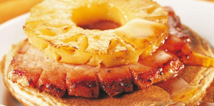 Pancakes au jambon et à l'ananas