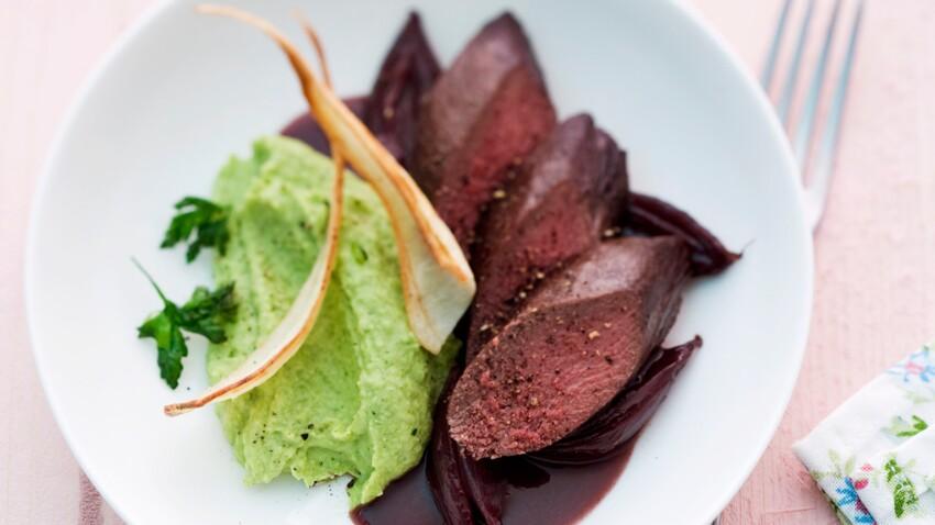Filet de chevreuil rôti sauce grand veneur