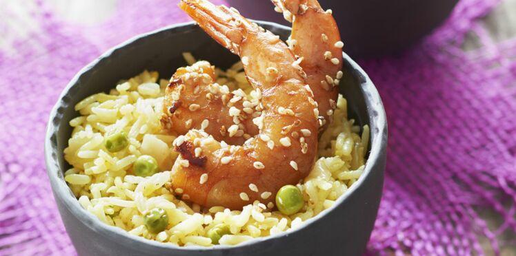Riz à poêler basmati au safran et petits pois - gambas marinées sauce soja