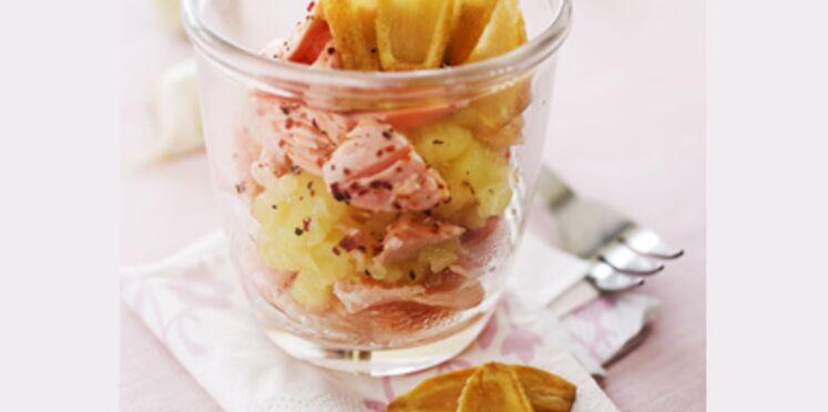 Verrines de Parmentier de saumon, purée et chips d'ail
