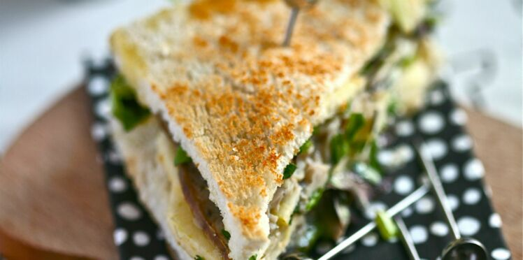 Club sandwich camembert, andouille, pomme