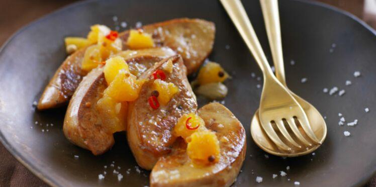 Escalopes de foie gras et chutney d'ananas