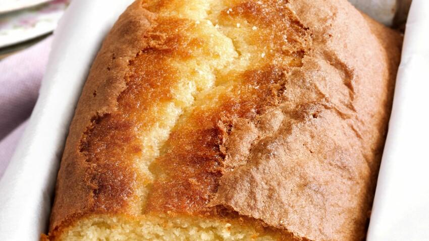 Gâteau avec un oeuf