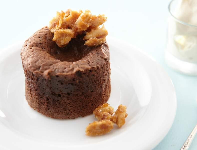 Fondant au chocolat et fromage frais, cacahuètes au caramel