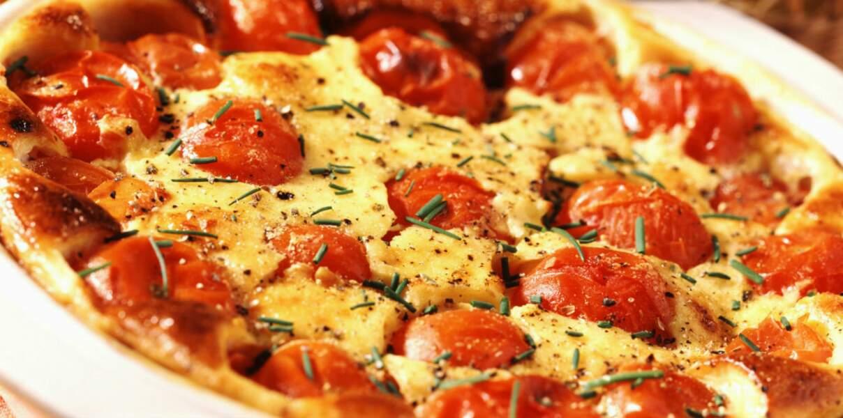 Clafoutis tomates, feta, olives, et basilic