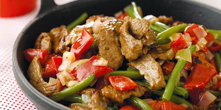 Recette rapide : émincé de bœuf aux échalotes, haricots verts et piquillos