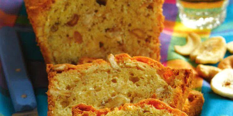 Cake aux épices et aux noix de cajou