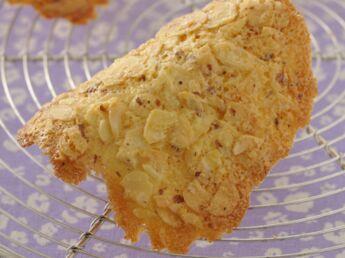 Tofu sauce satay aux amandes d couvrez les recettes de cuisine de femme actuelle le mag for Prix tuile fond plat