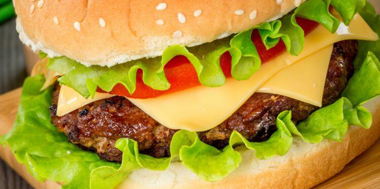 Hamburger maison 565 l'unité