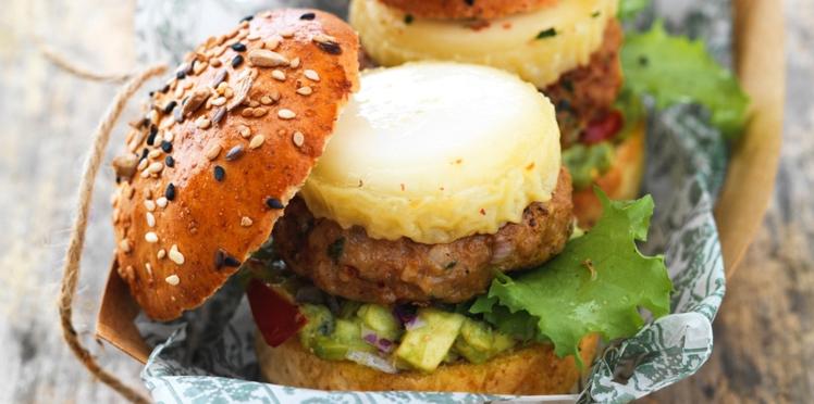 Mini-Burgers de veau épicé, chèvre et purée d'avocat