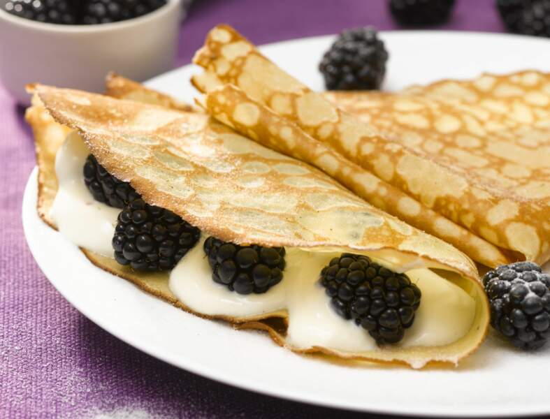 Crêpes aux mûres, fromage blanc et sucre à la vanille bourbon