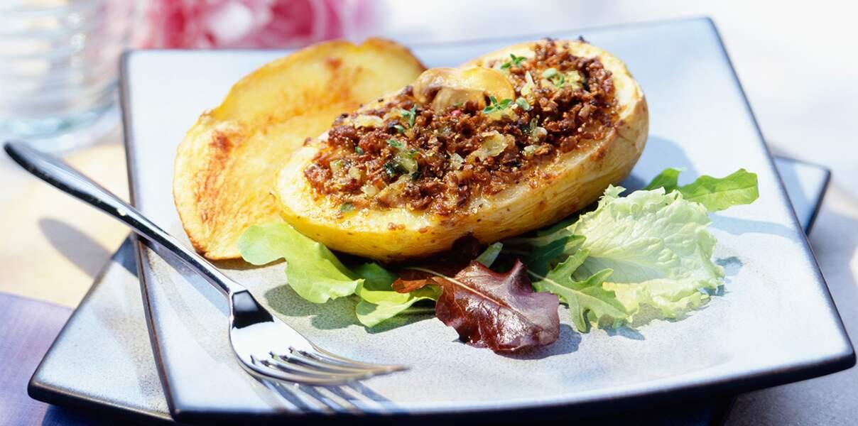 Pommes de terre farcies au boeuf
