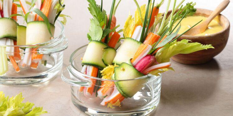 Mini roulés de courgette au surimi et légumes croquants