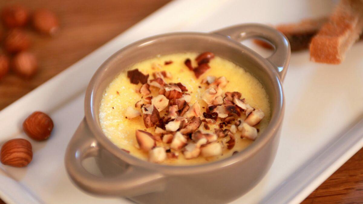 Crème brûlée au livarot et poire
