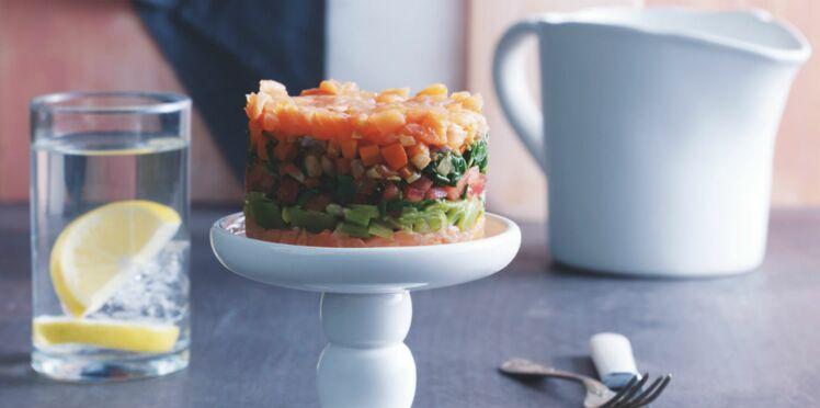 Gâteau frais aux légumes et au saumon