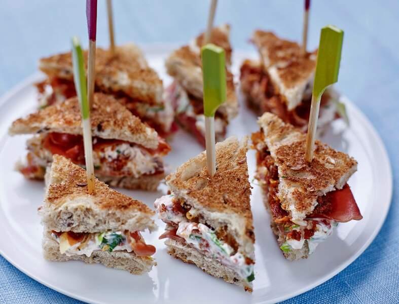 Mini-clubs sandwichs au jambon cru