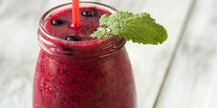 Smoothie poire-cassis