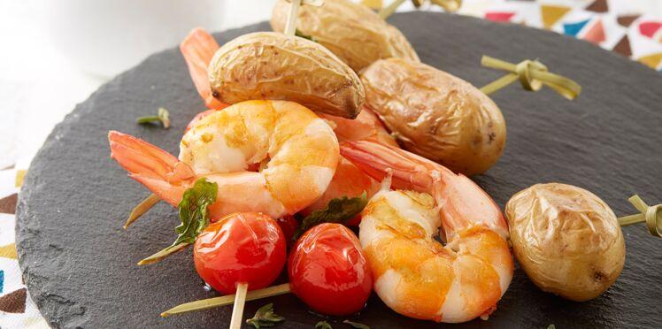 Brochettes de Ratte du Touquet aux gambas et tomates cerise