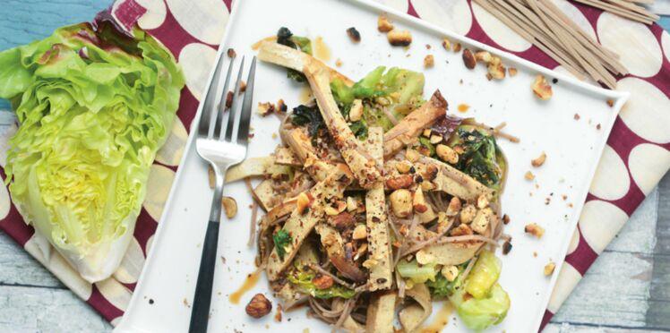 Salade de soba à la laitue sautée