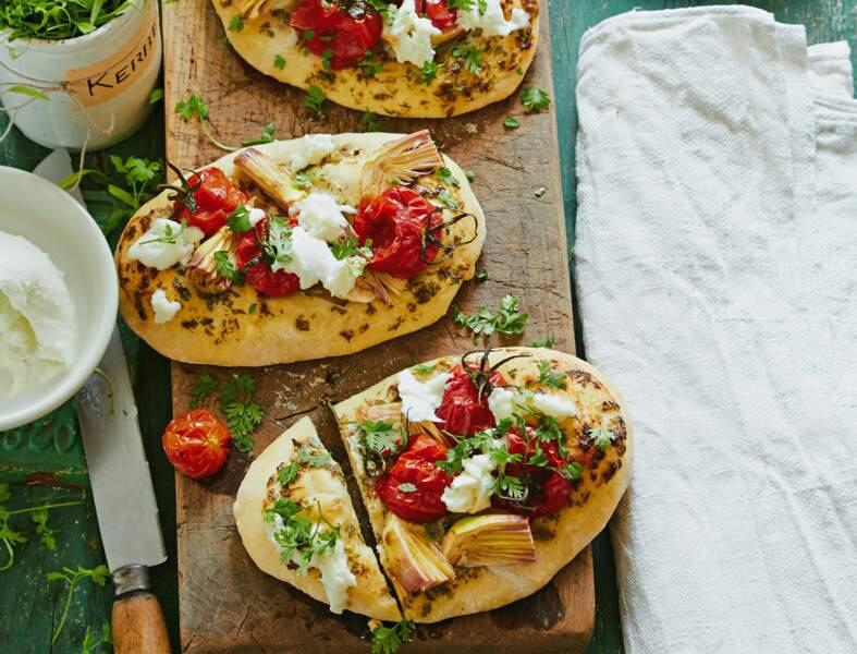 Pizza à l'italienne, artichauts-tomates