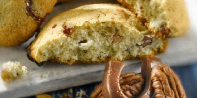 Cookie au Carambar® et aux noix de pécan