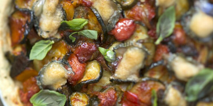 Tarte aux tomates cerises, comté et caviar d'aubergine