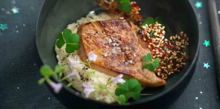 Foie gras poêlé, purée de topinambour, tuile au sésame