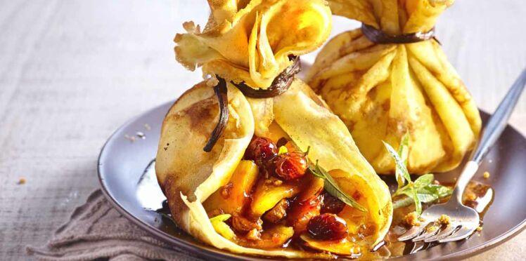 Crêpe en aumonière à l'ananas et aux épices
