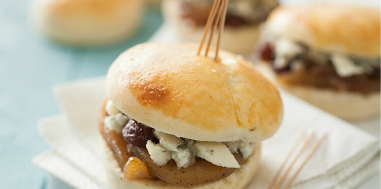 Scone, chutney poire-oignon et roquefort
