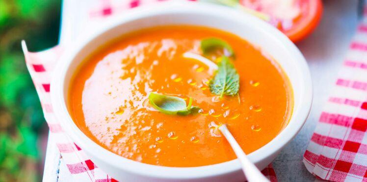 Velouté de tomates au piment d'Espelette