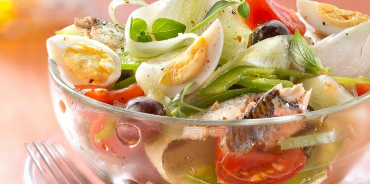 Niçoise, lyonnaise, parisienne : nos meilleures recettes de salades régionales