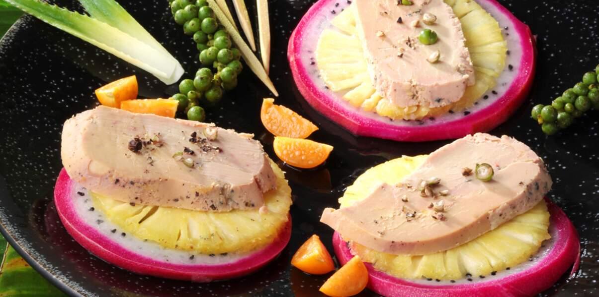 Foie gras en carpaccio d'ananas et pitaya