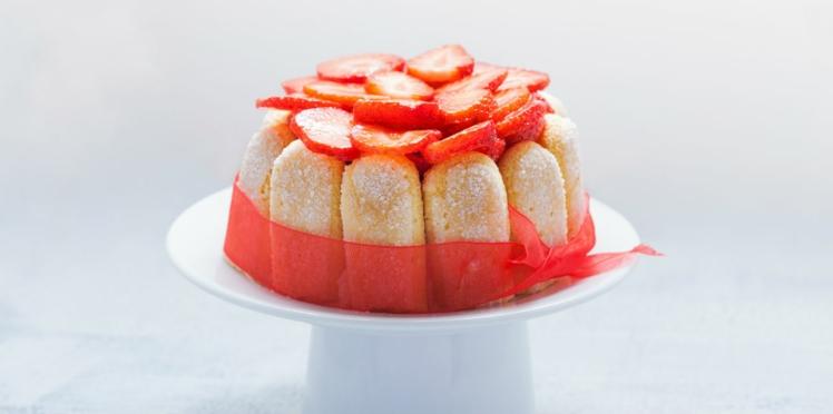 Charlotte aux fraises inratable