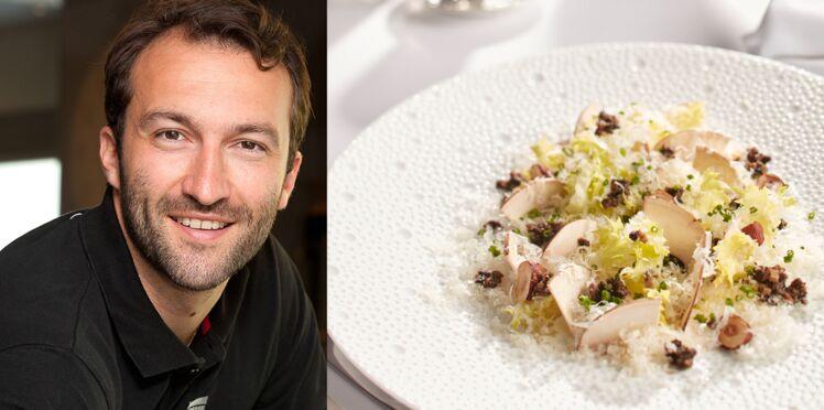 Fromage frais, salade frisée, champignons et noisettes de Cédric Béchade