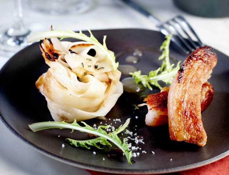 Poitrine de cochon grillée, choucroute de navet, d'Eric Frechon