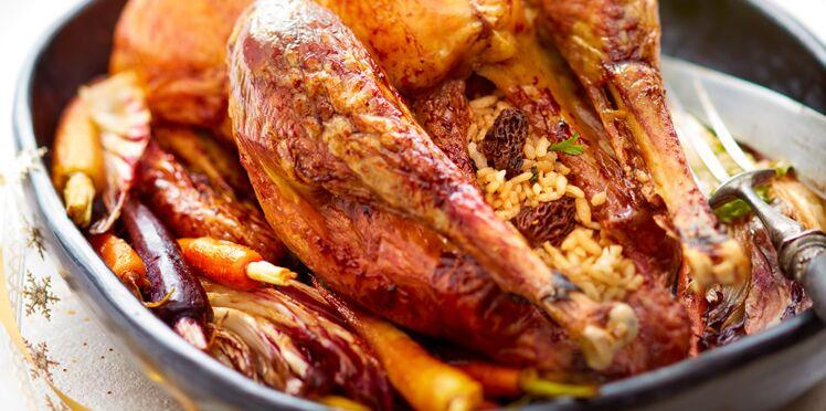 Dinde farcie au risotto, aux morilles et aux carottes glacées
