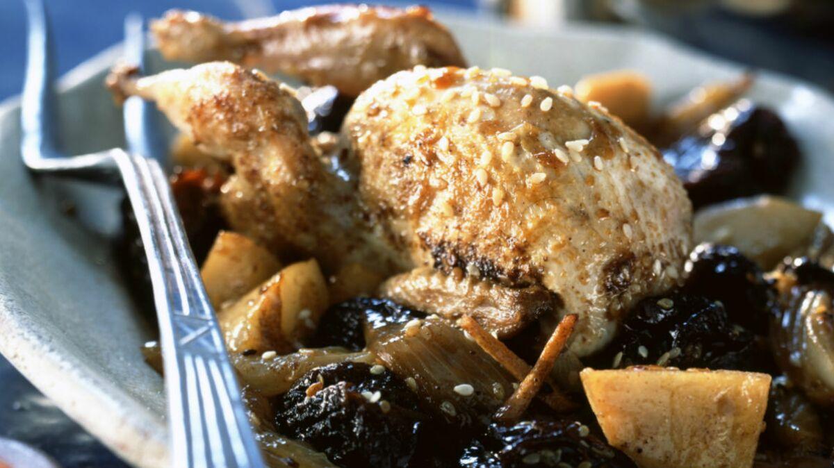 Cailles aux pruneaux et au foie gras