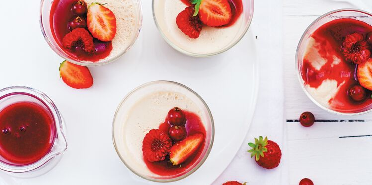 Fruits rouges et panna cotta au lait d'amande