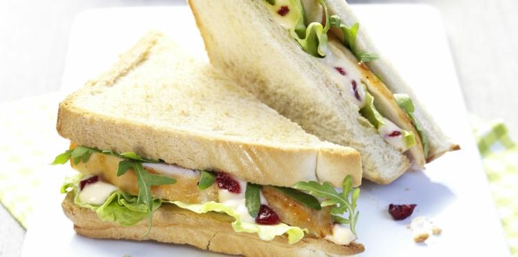 Club sandwich poulet, roquette, cranberries