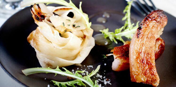 Poitrine de cochon grillée, choucroute de navets, d'Eric Frechon