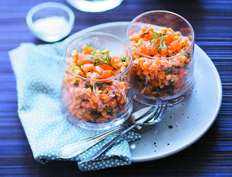 Lentilles corail à l'aneth et au saumon fumé