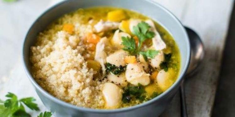 Soupe au poulet et quinoa