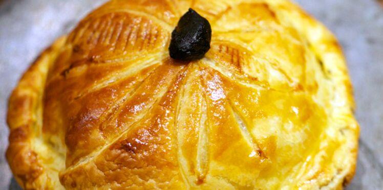 Pithiviers de caille, foie gras de canard et ail noir