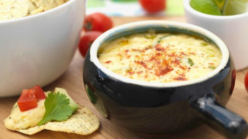Dip chaud au fromage et ses tacos