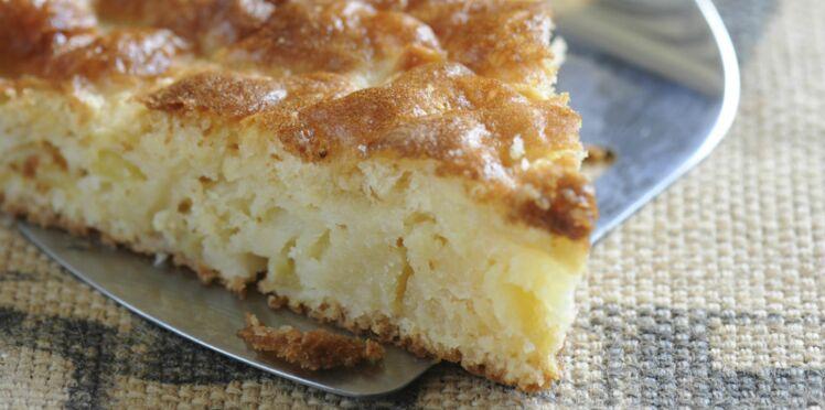 Gâteau à la pomme et crème fraîche