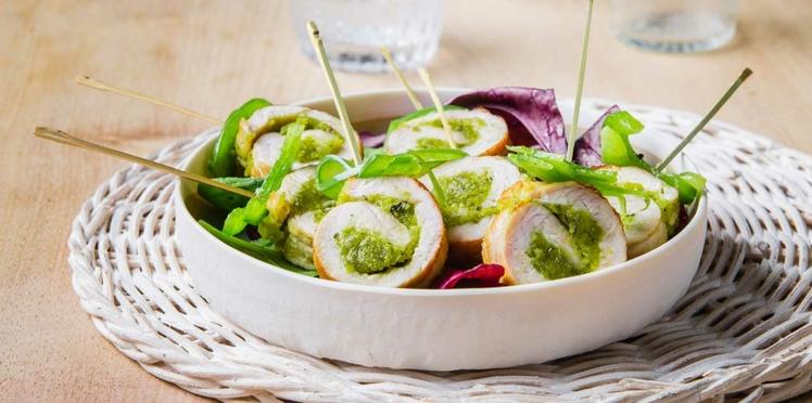 Roulés de dinde à la pistache, Raclette RichesMonts, thym et poivrons marinés