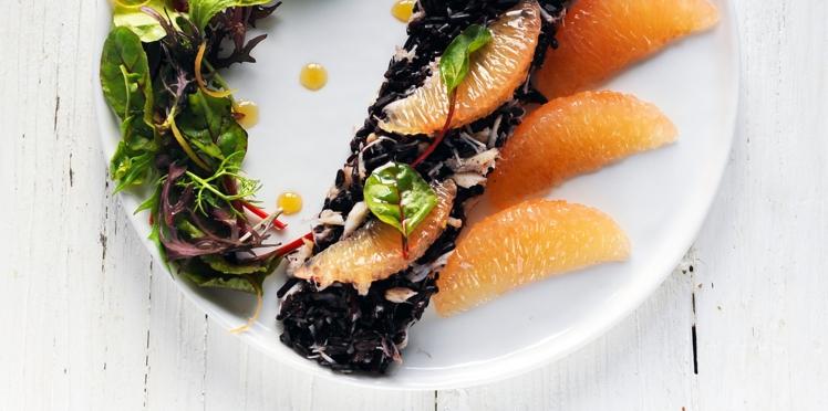 Salade de crabe et riz noir au pamplemousse de floride