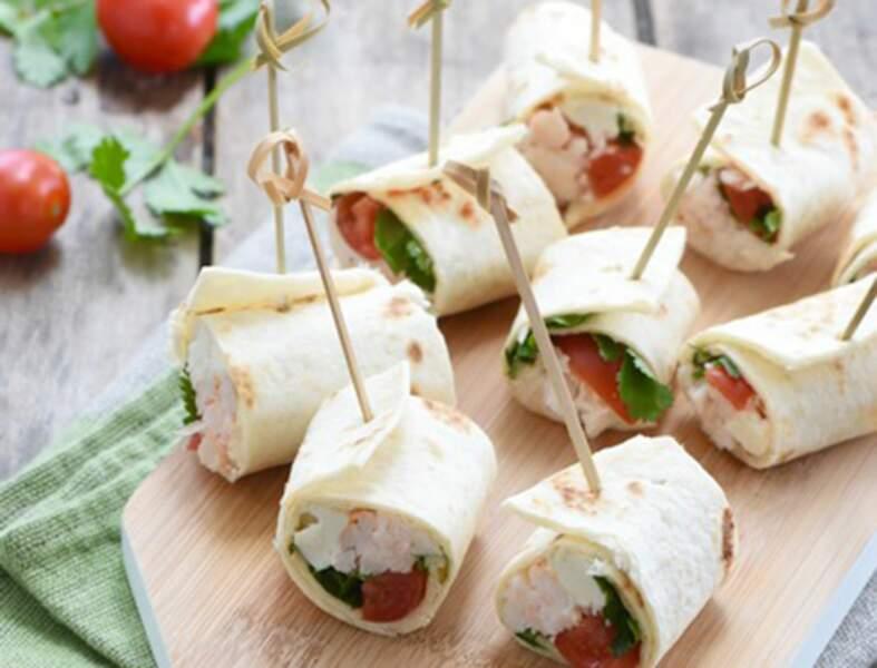 Mini wraps de crabe, crème de Roquefort et coriandre