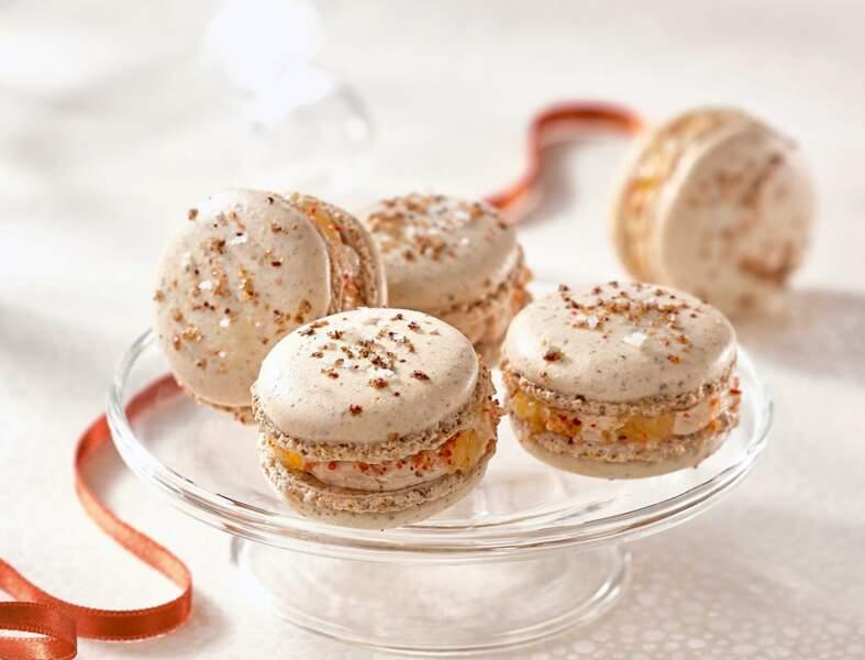 Macarons à la Fleur de Sel au Piment d'Espelette, foie gras mi-cuit et dés de mangues